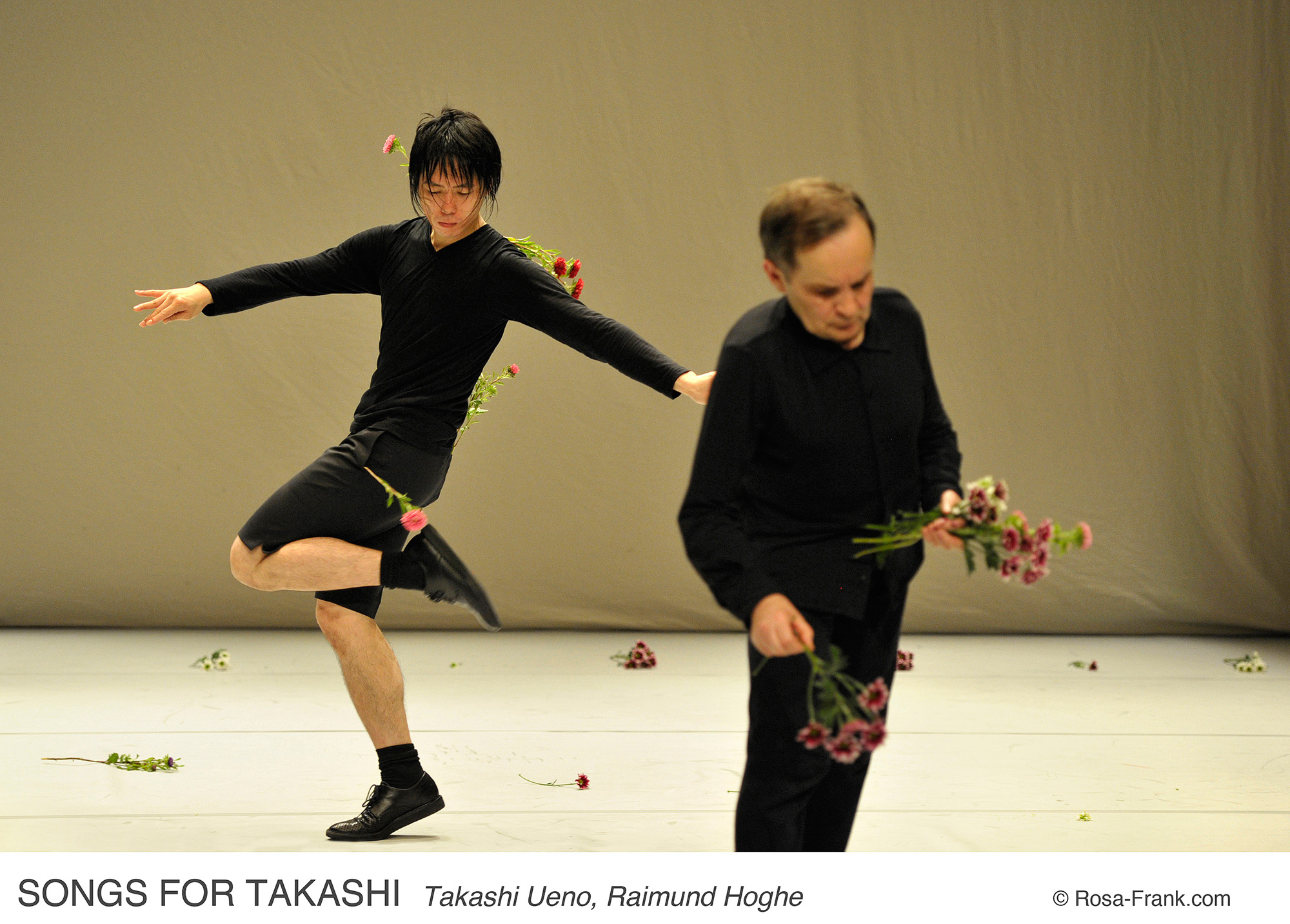 projects songs for takashi les ind eacute pendances montpellier danse reacutesidence agrave l agora cite internationale de la danse montpellier special thanks to agnegraves b paris credits copy rosa frank com